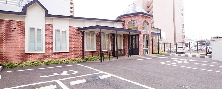 JR「蘇我駅」東口徒歩3分、駐車場も完備